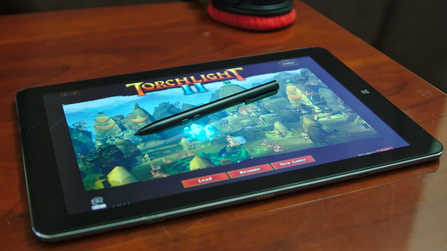 Attempting to play Torchlight 2 with the pen