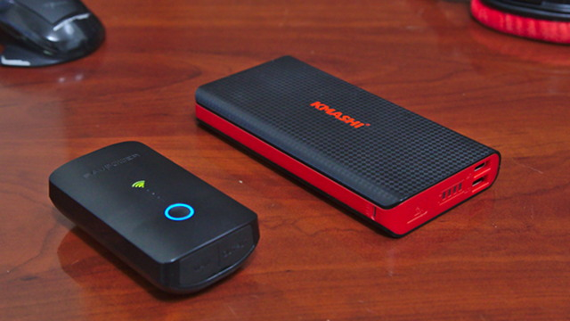 Kmashi and RAVPower USB Battery Packs